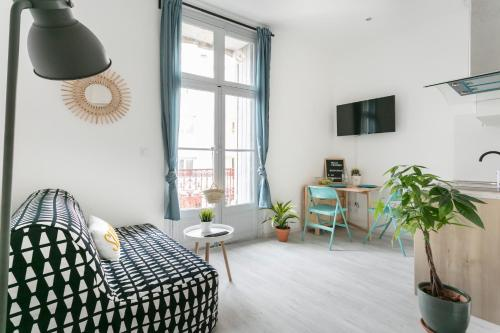 Appartement Studio proche Jean Moulin, location courte duree