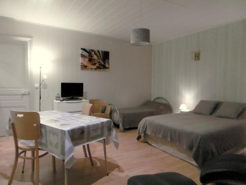ECM Continental : Appartement proche de Saint-Julien