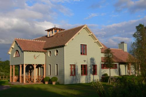Lodge Saint-Hymer : Hebergement proche d'Ouilly-le-Vicomte