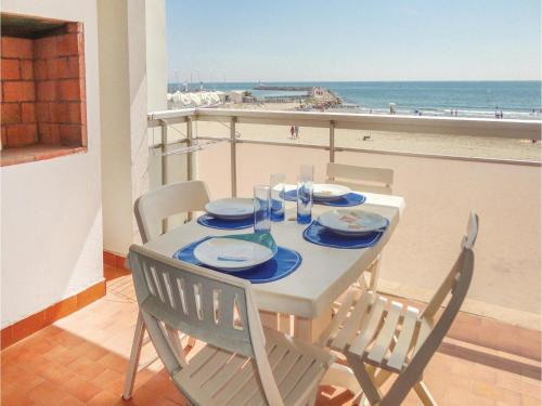 Two-Bedroom Apartment in Mauguio : Appartement proche de Palavas-les-Flots