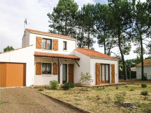 Hébergement Three-Bedroom Holiday Home in La Tranche sur Mer