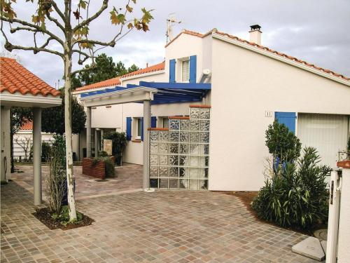 Hébergement Four-Bedroom Holiday Home in La Tranche sur Mer