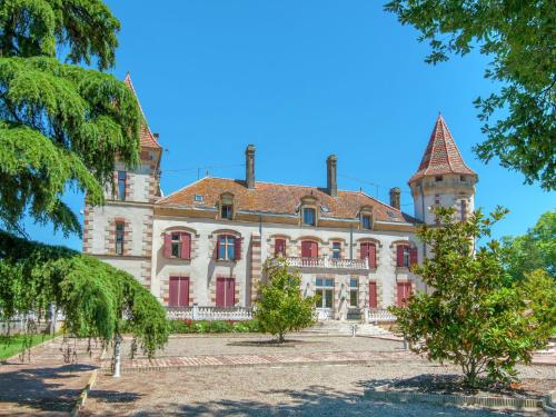 Photo Chateau de Lastours- Appartement Magnolia