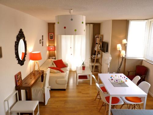 Appartements Centre Ville - Parking : Appartement proche de Sigoyer