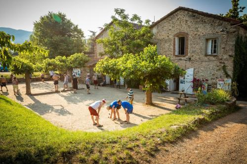 Aloha Camping Club : Hebergement proche d'Oms