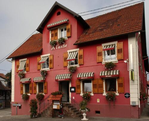 Hotel Restaurant A l'Ange : Hotel proche d'Obersteinbach