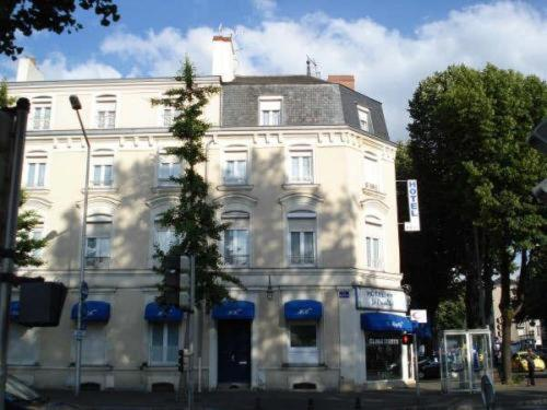 Le Royalty : Hotel proche d'Angers