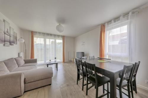 Meredith Apartment (Sleepngo) : Appartement proche de Fublaines
