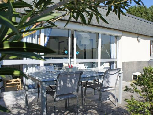 Holiday Home TY Greg : Hebergement proche de Crozon
