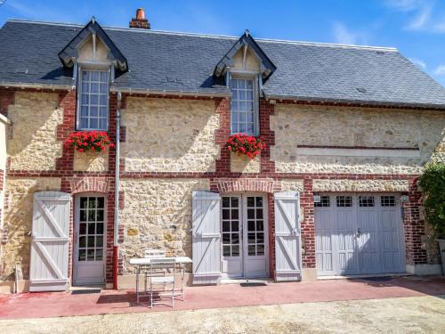 Holiday Home Yolande : Hebergement proche de Glanville