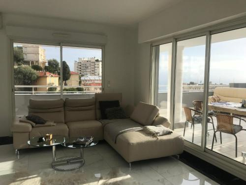 Monte-Carlo See View 130m2 Luxury Residence : Appartement proche de Beausoleil