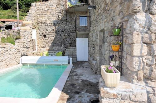 Holiday home Conchis : Hebergement proche de Saint-Andéol-de-Fourchades
