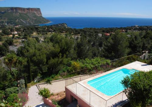 Amazing vistas and private pool : Hebergement proche de Carnoux-en-Provence