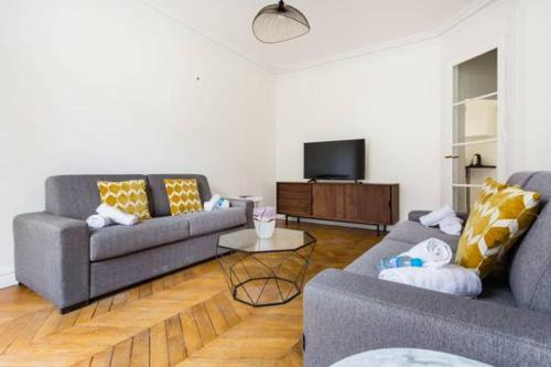 Appartement CMG Tour Eiffel/Champs de Mars__Laos 3G