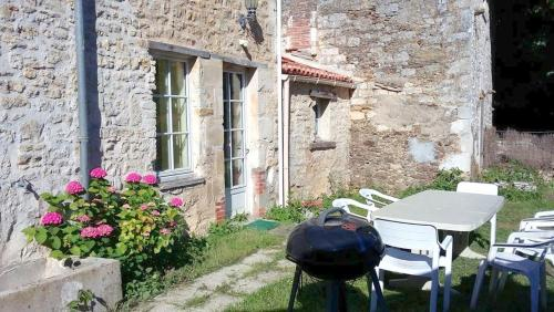Holiday Home La Boucherie : Hebergement proche de Sainte-Pexine