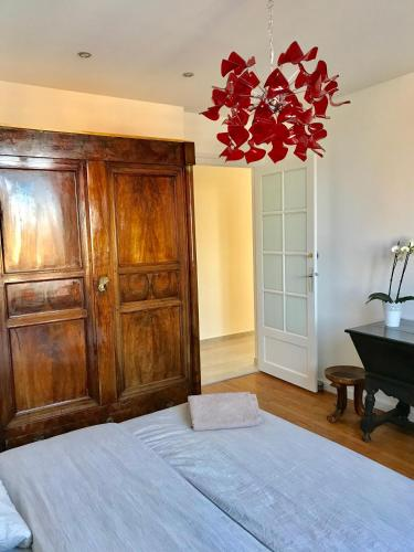Charle's Inn : Appartement proche de Panges
