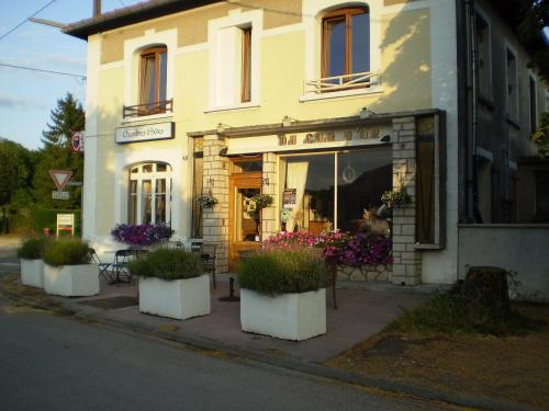 Le Coq d`Or : Chambres d'hotes/B&B proche de Tailly