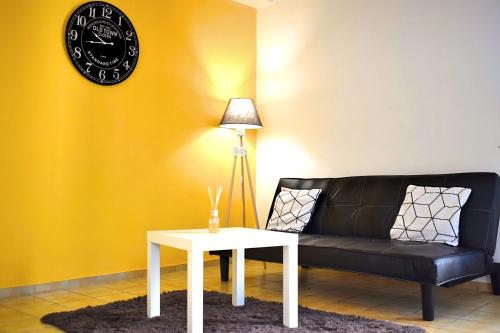 Scandinave Appart : Appartement proche de Sainte-Colombe-de-la-Commanderie
