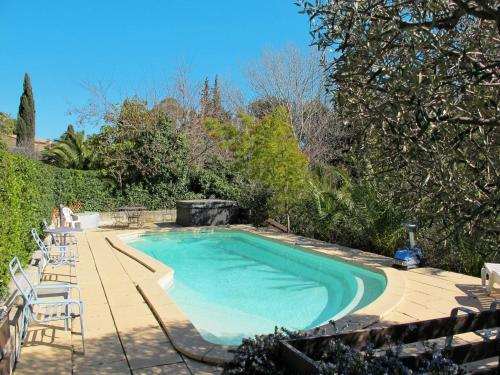 Hausteil mit Pool Ollioules 120S : Hebergement proche d'Ollioules