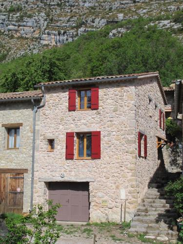 Maison Chasteuil : Hebergement proche d'Angles