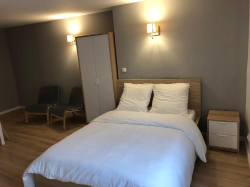 Bnbtrip - Studio Auron Hypercentre : Appartement proche de Bourges