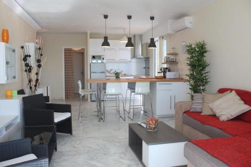 La Suite Laurent : Appartement proche de Saint-Laurent-du-Var