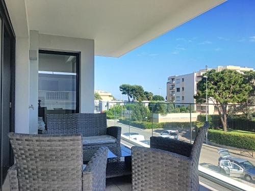 Apartement Aeroport Cote d'Azur : Appartement proche de Saint-Laurent-du-Var