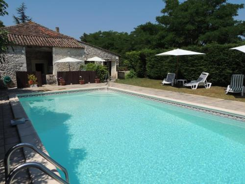 French Oasis Holidays : Hebergement proche de Saint-Colomb-de-Lauzun