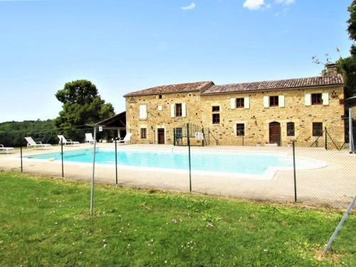 Holiday Home Montpazier : Hebergement proche de Lavaur