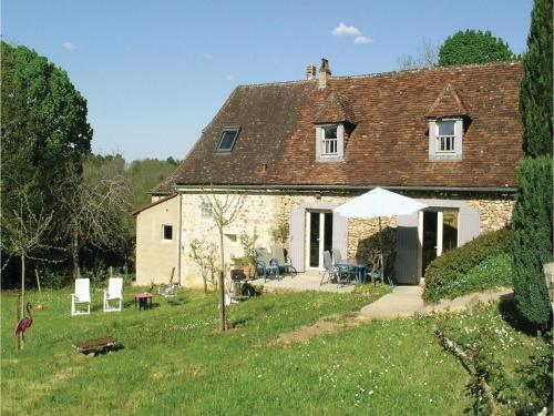 Three-Bedroom Holiday Home in Le Bourg, Fleurac : Hebergement proche de Manaurie