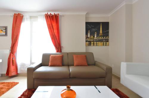 Appartement Orange studio Serris