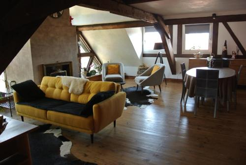 Abricot & Chocolat : Appartement proche de Herrlisheim