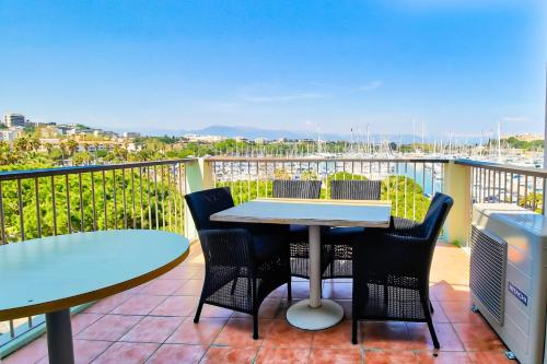 Vauban Appartement Luxe : Appartement proche d'Antibes