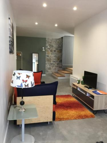 Studio Le Garage : Appartement proche de Roullens