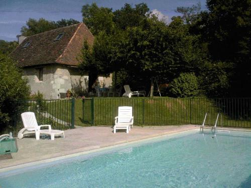 Holiday home La Boudinie : Hebergement proche d'Ajat