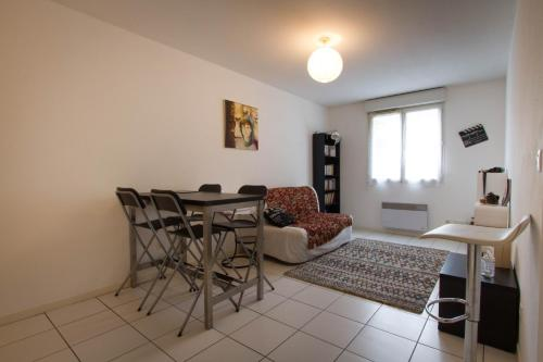 Appartement Comfortable T2 between Jardin Public & Grand Parc