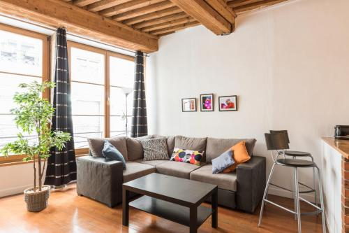 DIFY Authentique - Place des Jacobins : Appartement proche de Lyon