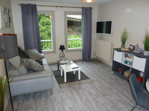 Appartement F 2 residence ST JEAN parking gratuit