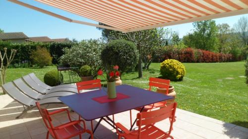 Holiday home Monlaur-Bernet : Hebergement proche de Lagarde-Hachan