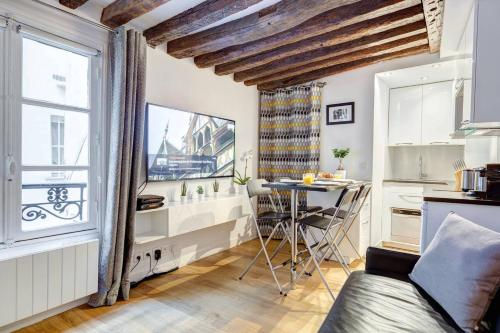Appartement Quiet, Cozy, Design Apartment in Paris