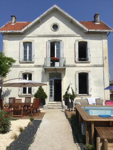 Saint James House : Chambres d'hotes/B&B proche de Chadenac