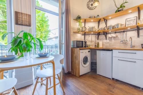 Studio Clemenceau : Appartement proche de Saint-Pierre-de-Curtille