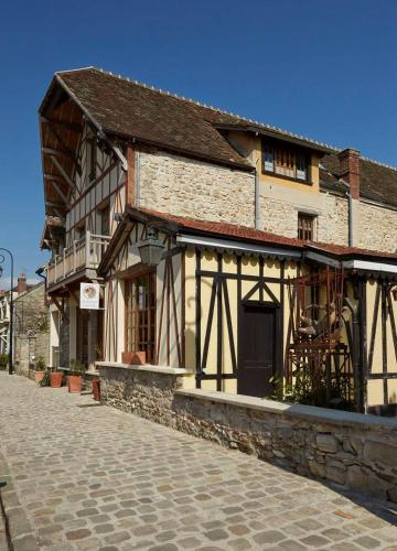 Chambres d'hôtes/B&B Besharat Gallery & Museum
