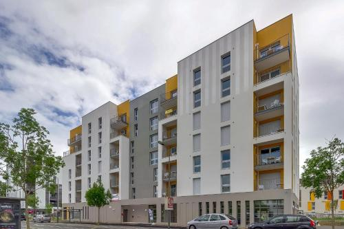 Edenea Tours : Appartement proche de Beaumont-la-Ronce