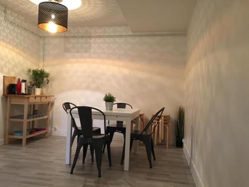 Hopnbe Apartments - Ourcq : Appartement proche d'Aubervilliers