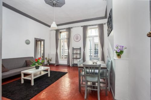 Appartement Spacious flat city center - Air Rental