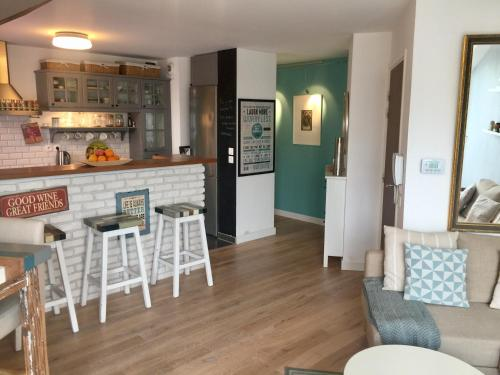 Sweet Magic Home : Appartement proche de Saint-Maur-des-Fossés