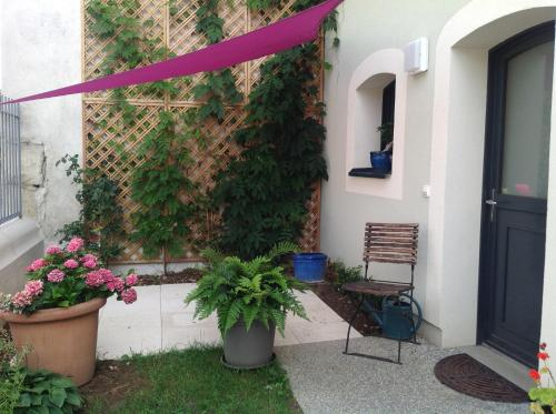 Maison Voltairienne : Chambres d'hotes/B&B proche d'Ambilly