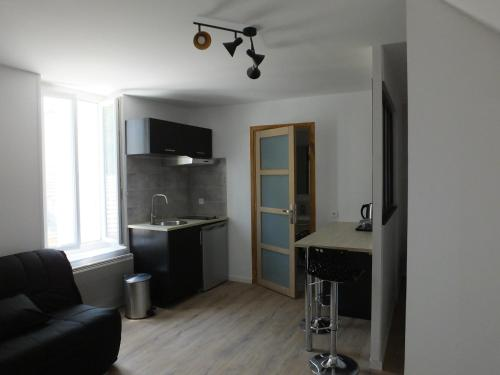 Le Jaff : Appartement proche de Mavilly-Mandelot