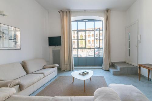 Luckey Homes - Rue des Lices (T3) : Appartement proche d'Avignon